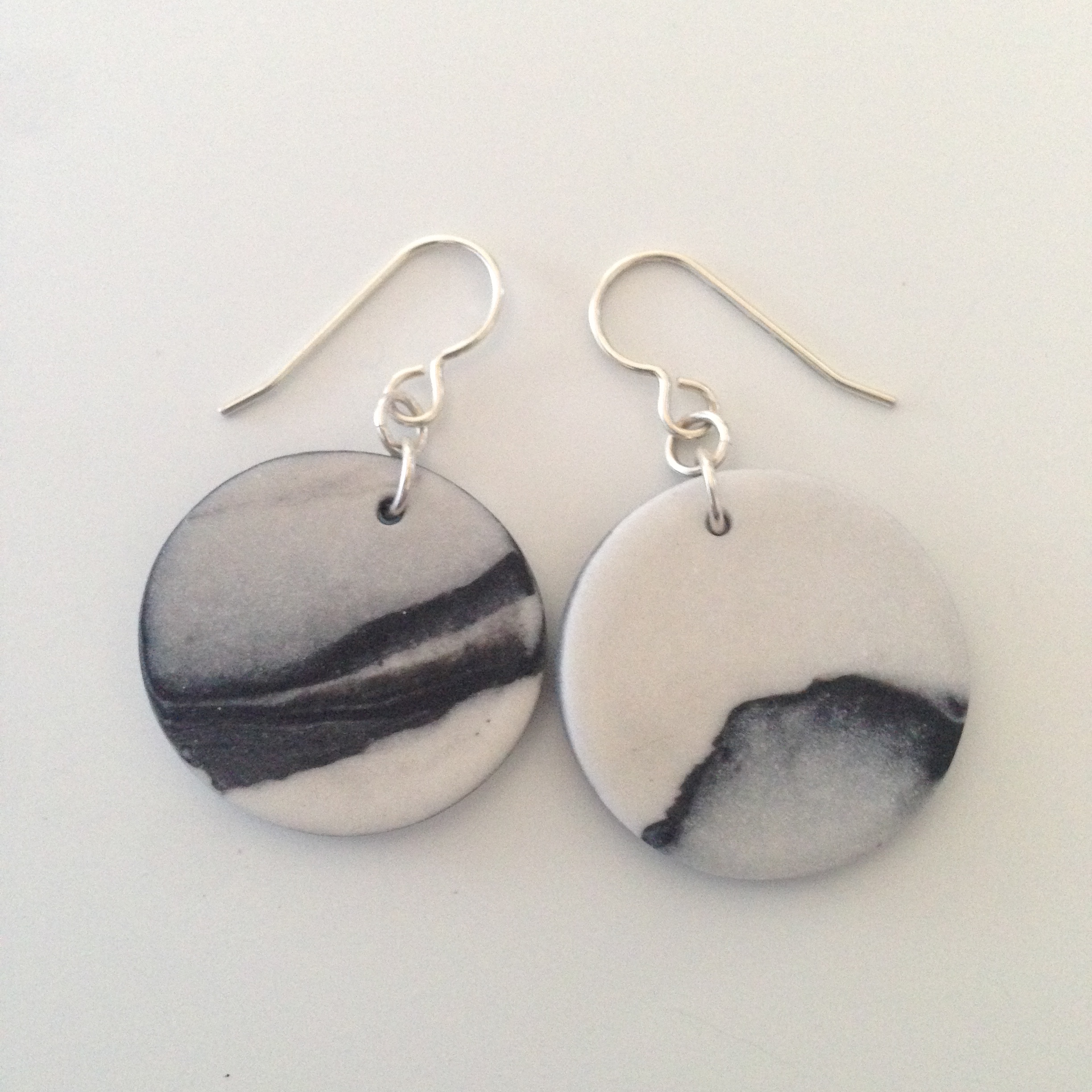 marbled round earrings